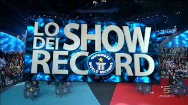 Ascolti tv giovedì 27 settembre 2012: Lo show dei record batte il Commissario Nardone