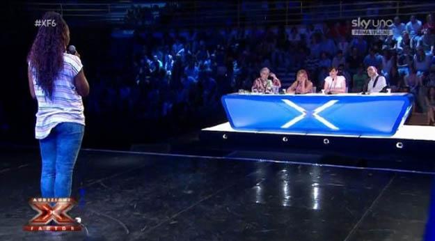 X Factor 6, seconda puntata di audizioni: pioggia di 'no' a Roma, via il clone di Mengoni