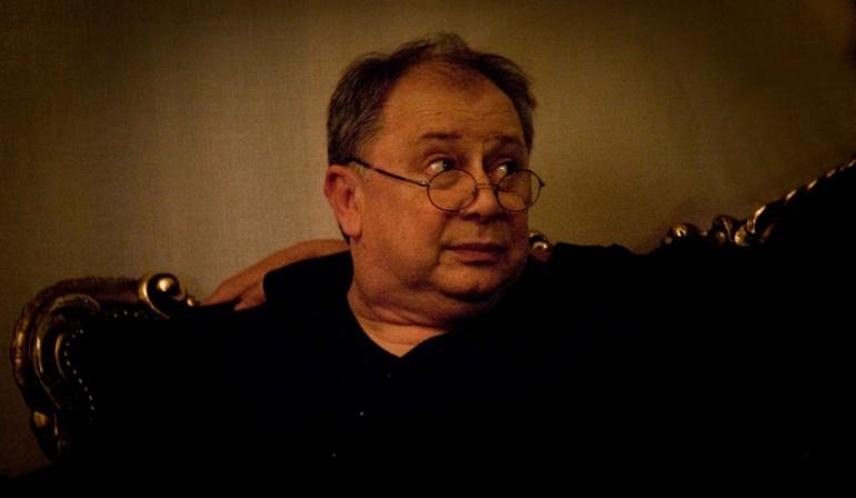 Sformat di Mariano Sabatini – Don Antonio intervista Lele Mora e son Mazzi suoi!