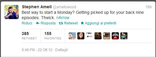 Tweet di Stephen Amell promozione Arrow