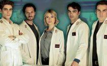 Cast e protagonisti di Ris Roma 3 sul set della fiction