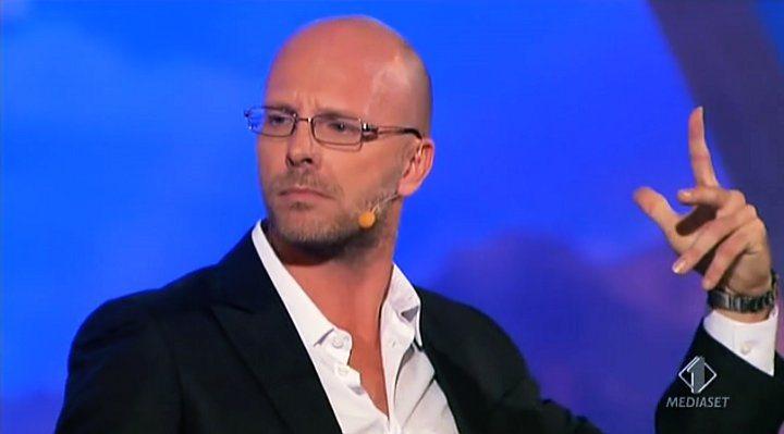 Colorado 2012, ultima puntata: Fabrizio Casalino chiude con un monologo omofobo