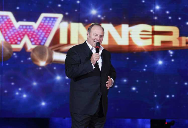 Ascolti tv sabato 17 novembre 2012: The Winner Is…Ti Lascio Una Canzone