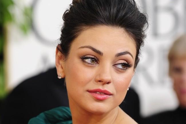 The CW: Mila Kunis produrrà 'Meridian Hills', drama sull'emancipazione femminile