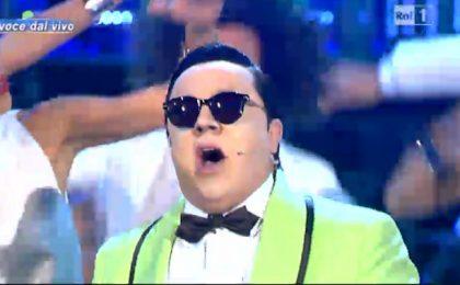 Tale e quale show, Gabriele Cirilli vince la puntata con PSY e Gangnam Style [VIDEO]