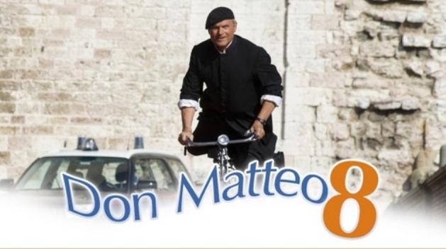 Programmi tv stasera, oggi 6 dicembre 2012: Servizio Pubblico vs le repliche di Don Matteo