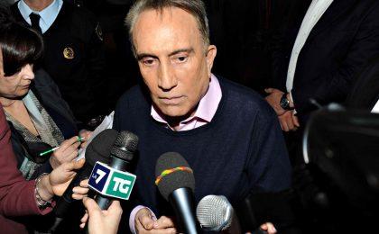 Emilio Fede furioso a La Zanzara: parolacce e insulti contro L'Espresso [VIDEO]