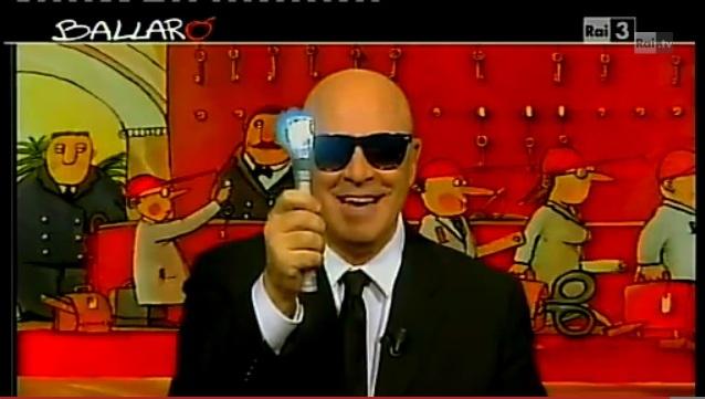 Crozza a Ballarò: Gli alieni sono tra noi, Berlusconi detto Man is Back [VIDEO]