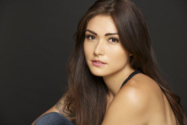 The Vampire Diaries: Daniella Pineda è la strega Sophie nello spin-off sugli Originals