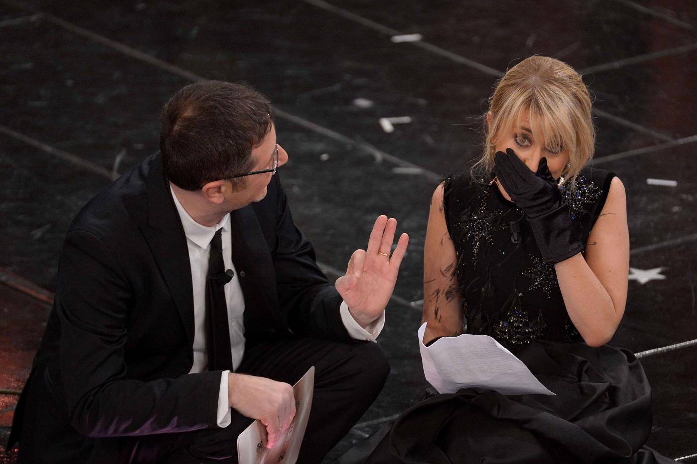Luciana Littizzetto e la letterina a Sanremo 2013