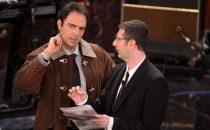 Sanremo 2013: Neri Marcorè è Alberto Angela sul palco dellAriston
