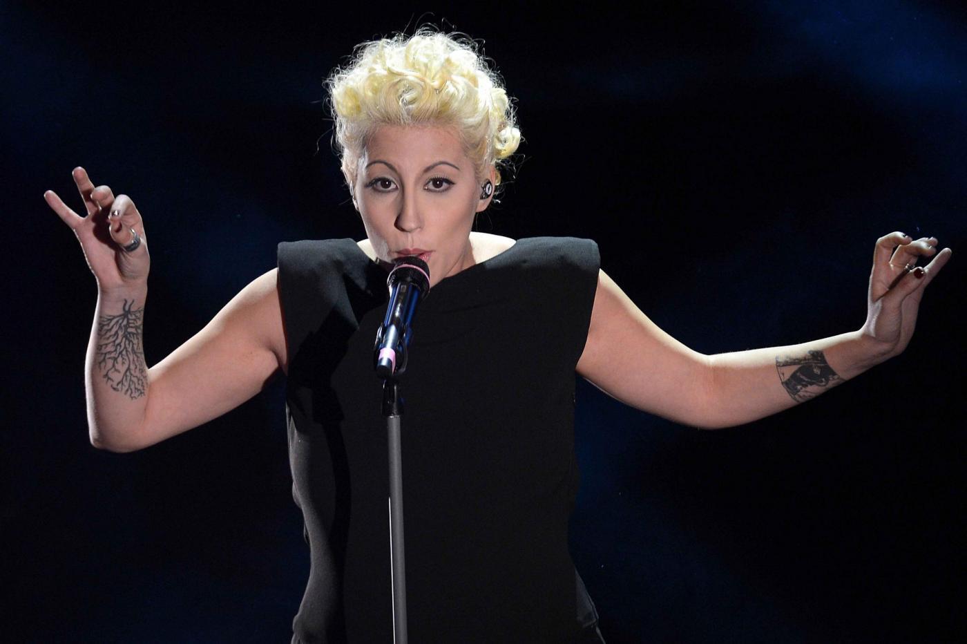 Sanremo 2013, premiato il look di Malika Ayane nella seconda serata