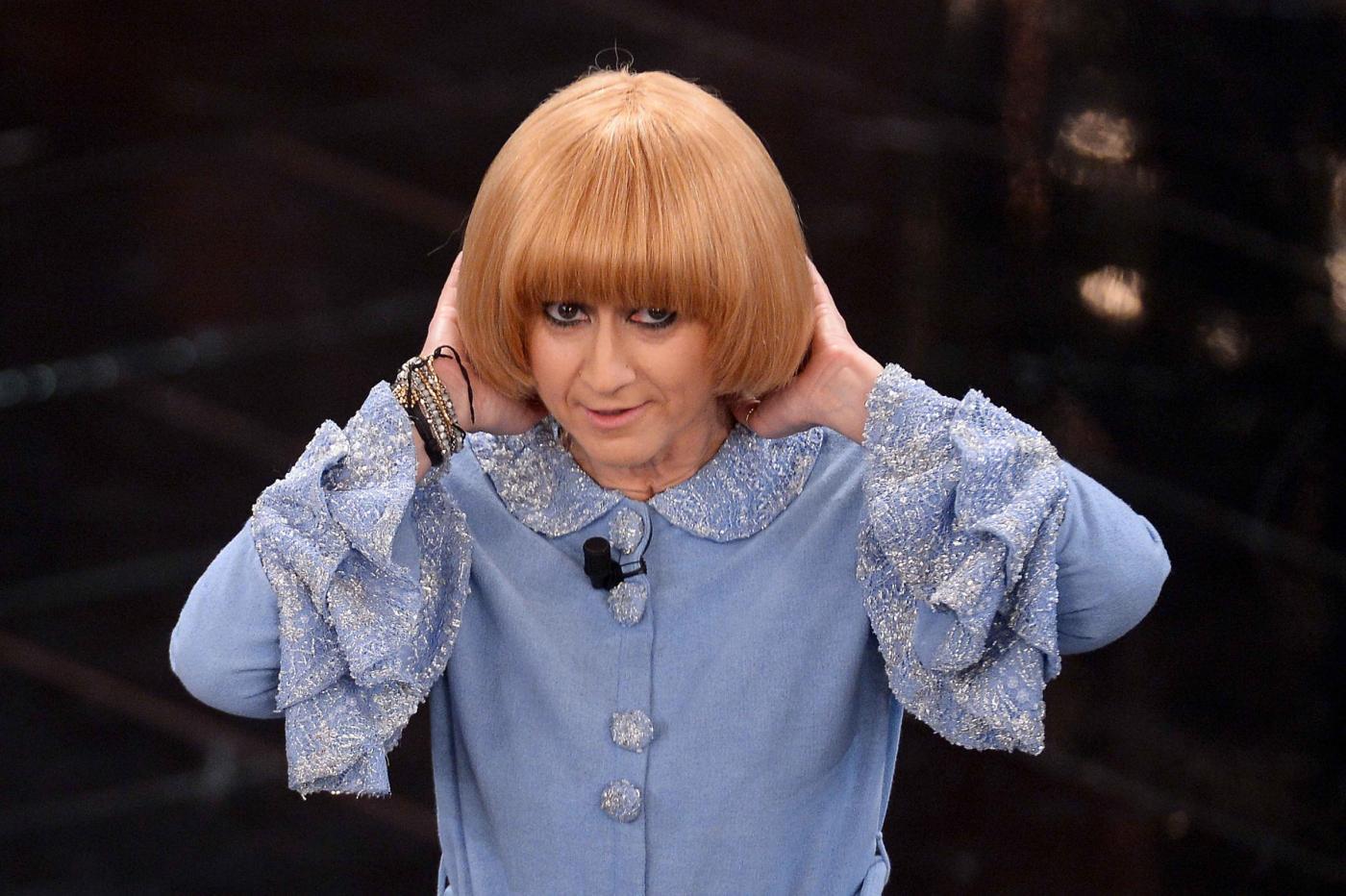 Sanremo 2013, Luciana vestita da Caterina Caselli