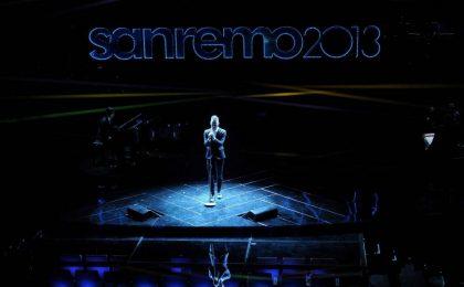 Standing Ovation per il cantante Asaf Avidan a Sanremo 2013
