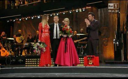 Festival di Sanremo 2014: Marco Mengoni torna all'Ariston con un omaggio a Tenco