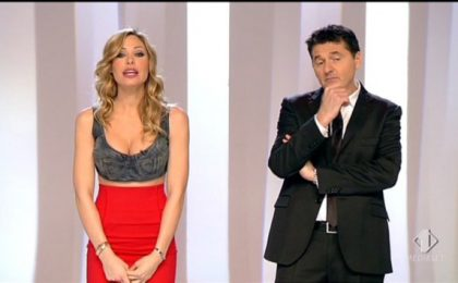 47b425032abe Le Iene Show  l abbigliamento di Ilary Blasi scatena l indignazione su  Twitter