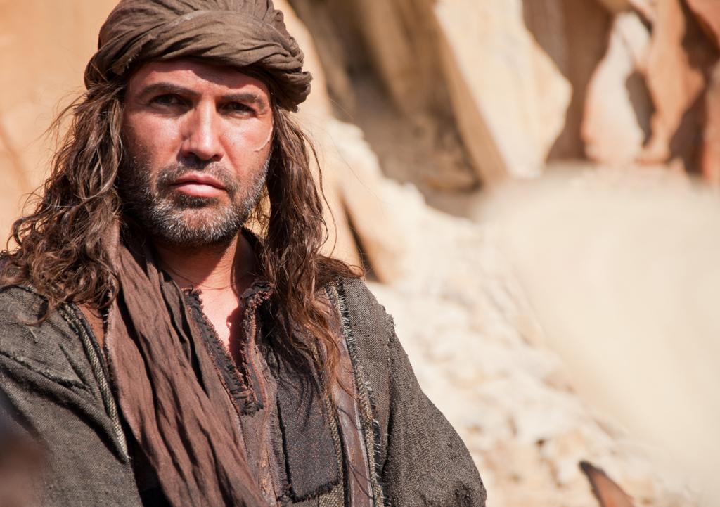Ascolti TV lunedì 1 aprile. Vince la serata Barabba, la nuova miniserie di Rai 1