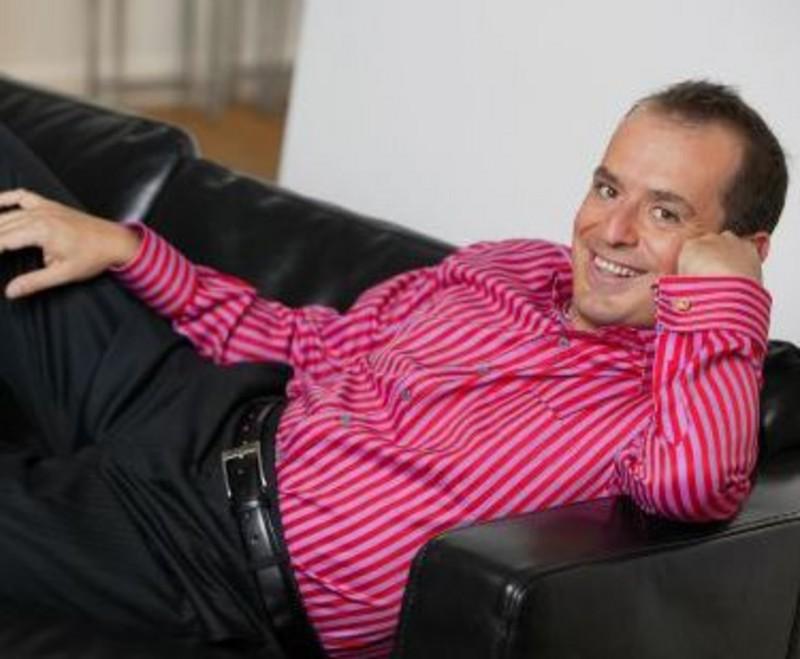 Al via #aggratis, il nuovo programma comico di Rai2 condotto da Fabio Canino