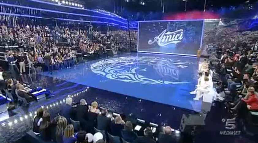 Ascolti Tv sabato 20 aprile 2013: vince Amici davanti allo speciale di Porta a Porta