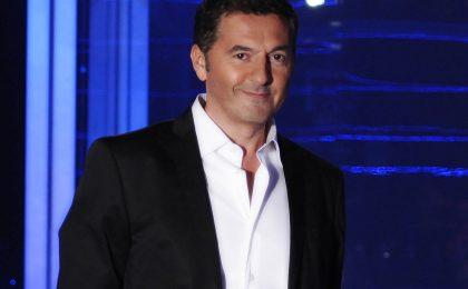 Stasera mi tuffo su Canale 5: tra i concorrenti Valeria Marini e Stefano Bettarini