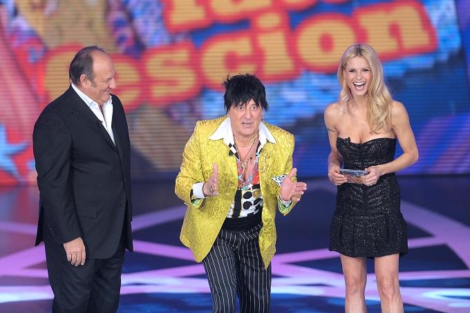 Stasera in TV, venerdì 24 maggio 2013: La terra dei cuochi, Il meglio di Paperissima