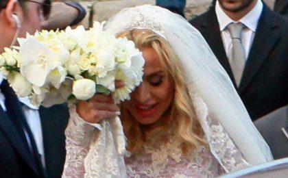 Valeria Marini sposa Giovanni Cottone: il matrimonio in Ara Coeli in diretta tv