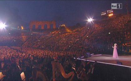 Ascolti TV lunedì 10 giugno 2013: trionfo per la Clerici all'Arena di Verona