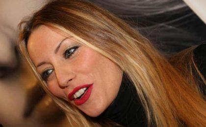 Karina Cascella non è single: un nuovo fidanzato nel 2017, top secret il nome