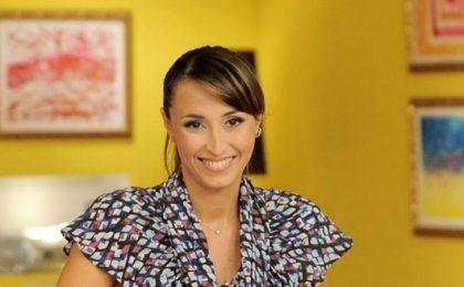Bake Off, Benedetta Parodi e nove concorrenti alle prese con i dolci su Real Time