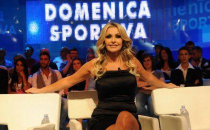 Paola Ferrari contro Sabrina Gandolfi a La Domenica Sportiva. In onda: 'Un abbraccio a chi mi ha preceduto'