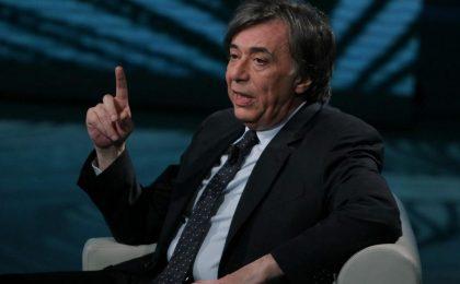 Carlo Freccero contro tutti sull'Espresso: Santoro in declino, Benigni non fa ridere