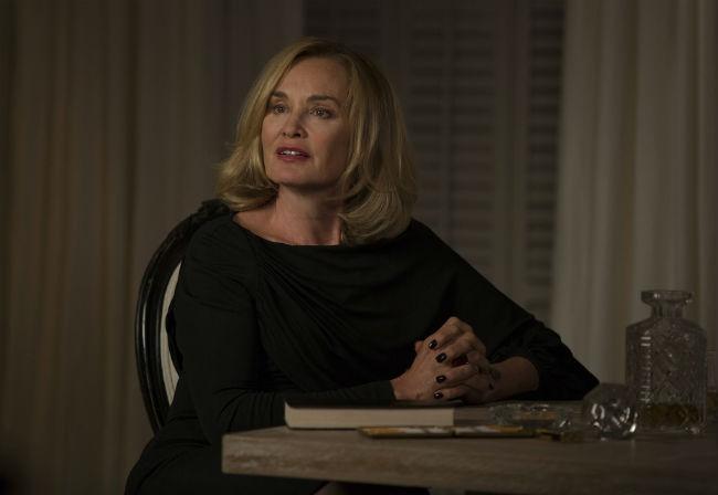 """American Horror Story 4, Jessica Lange: """"Farò un'altra stagione e poi addio"""" [FOTO]"""