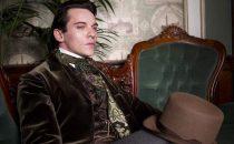 Dracula, la serie tv va su Mya: Jonathan Rhys Meyers vampiro anti-trust