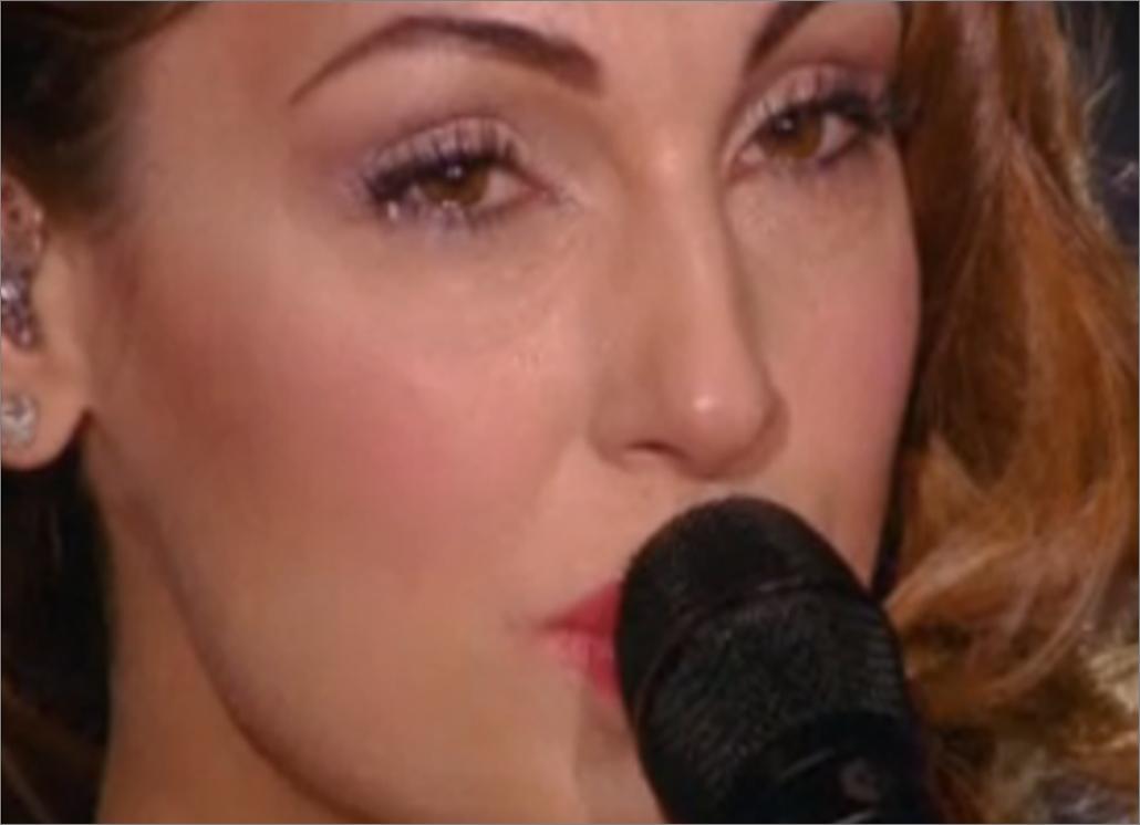 Questi siamo noi: Anna Tatangelo che piange per Gigi D'Alessio, tanta musica e poca coppia