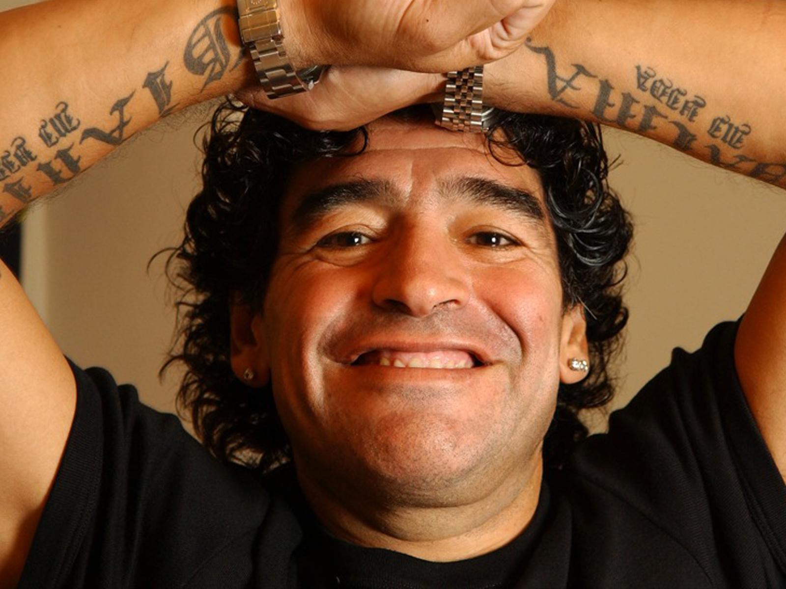L'Arena, Maradona annuncia querela per diffamazione contro Massimo Giletti