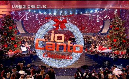 Io Canto Christmas 2013: su Canale 5 lo speciale natalizio con ospite Laura Pausini