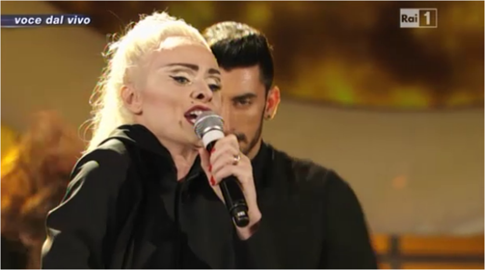 Serena Autieri è Madonna