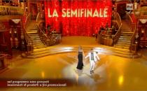 Ballando con le Stelle 2013, i finalisti e leliminazione. Anna Oxa: In finale non ballerò
