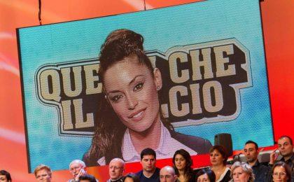 Mattino 5, Raffaella Fico choc al telefono: 'Pia in prima classe come la figlia di un calciatore'