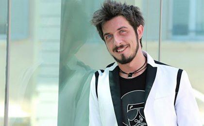 Paolo Ruffini, petizione choc sul web: la rete ne chiede la morte