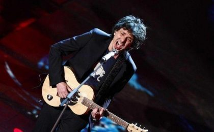 Festival di Sanremo 2014: Riccardo Sinigallia escluso  non farà ricorso (e Fazio lo 'premia')