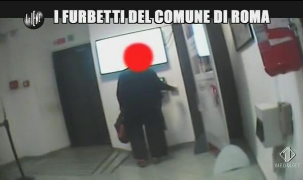 Le Iene 05.02.14 Furbetti