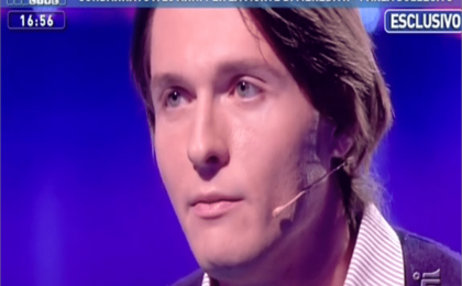 Raffaele Sollecito a Domenica Live: video sentenza, lui non vuole ma gli viene mostrato