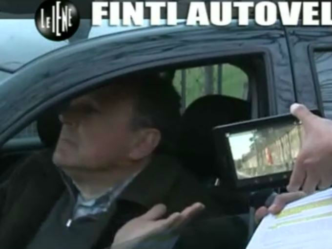 Le Iene 12032014 Finti autovelox 07