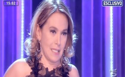 Domenica Live, gaffe di Barbara D'Urso: 'Siracusa piccolo paesino', è polemica