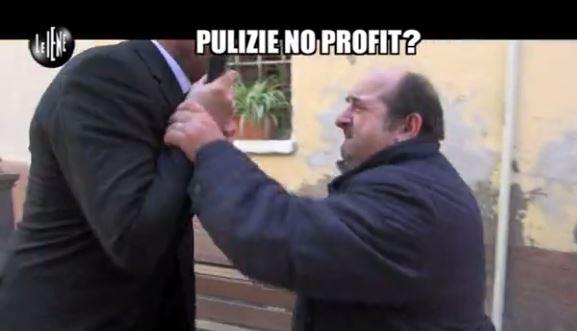 Le Iene 3042014 Pulizie no profit 9