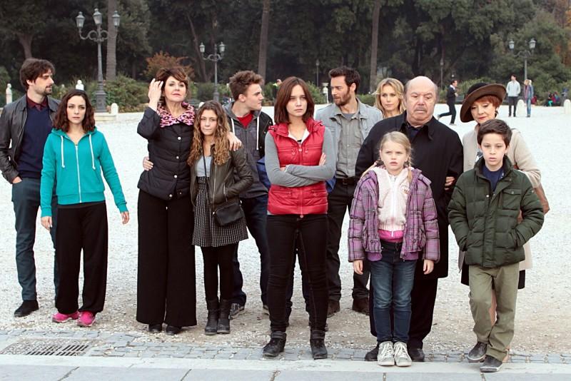 Stasera in TV, mercoledì 16 aprile 2014: Un medico in famiglia 9, Il Segreto, Le Iene Show