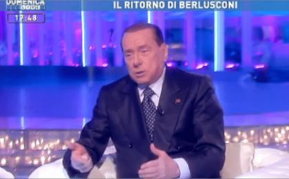 Silvio Berlusconi a Domenica Live ingorga il video e Barbara D'Urso benedice Mediaset