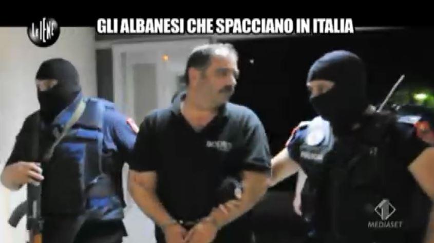 Le Iene 170914 arresto