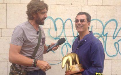 Tapiro d'oro a Giovanni Floris, Striscia la notizia pizzica il nuovo conduttore di La 7